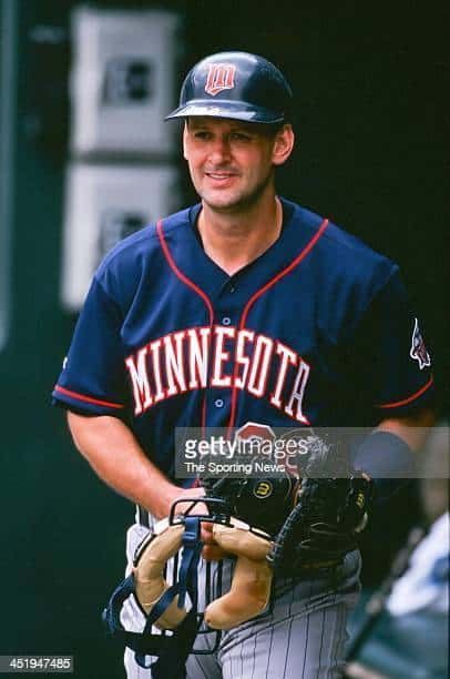 Former Minnesota Twins catcher Terry Steinbach about to take the field