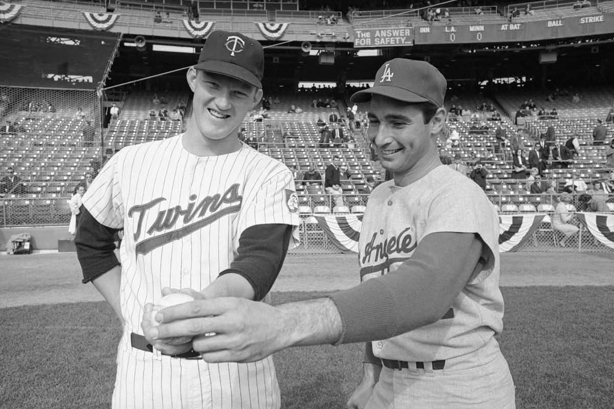 Jim Kaat and Sandy Koufax during the 1965 World Series